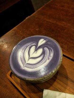 Foto 3 - Makanan(Hot Taro Latte) di Noah's Barn oleh Fadhlur Rohman