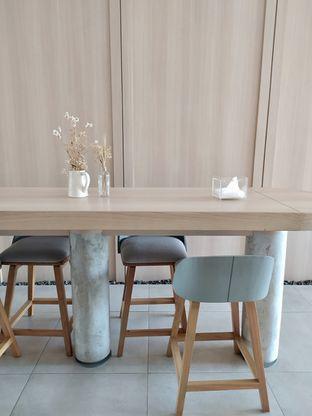 Foto 15 - Interior di Coffeeright oleh Prido ZH
