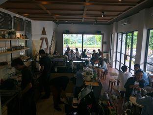 Foto review Kakolait oleh yudistira ishak abrar 4