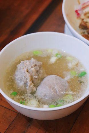 Foto 2 - Makanan di Bakso Titoti oleh Indra Mulia