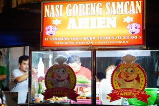 Foto 2 - Interior di Nasi Goreng Samcan AHIEN oleh Nanakoot