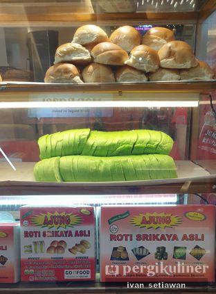Foto 1 - Makanan di Roti Srikaya Ajung oleh Ivan Setiawan