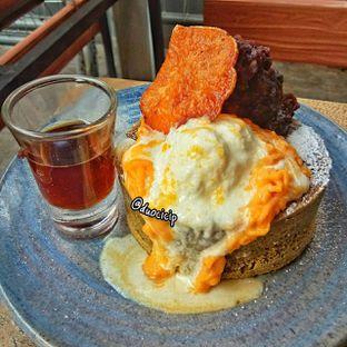 Foto 5 - Makanan(Matcha Pancake) di Kamakura Japanese Cafe oleh felita [@duocicip]