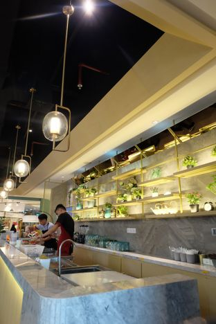 Foto 9 - Interior di Chongqing Liuyishou Hotpot oleh Yuli || IG: @franzeskayuli