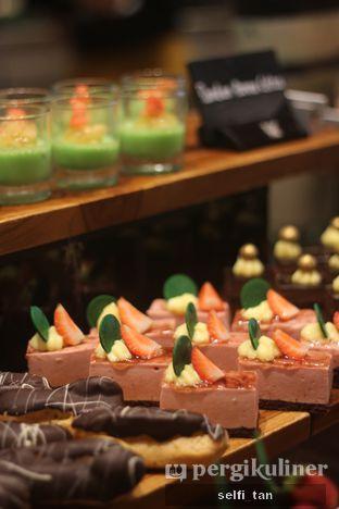 Foto 6 - Makanan di Sailendra - Hotel JW Marriott oleh Selfi Tan