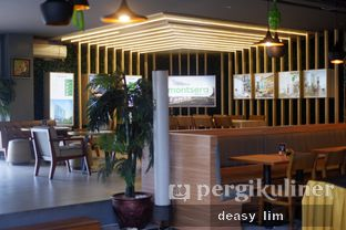 Foto review Intro Jazz Bistro & Cafe oleh Deasy Lim 2