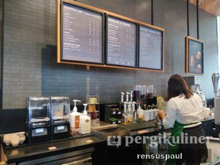 Foto 3 - Interior di Starbucks Coffee oleh Rensus Sitorus