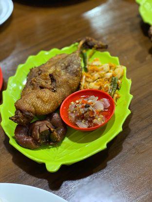 Foto 4 - Makanan di Bebek Goreng HT Khas Surabaya oleh Riani Rin