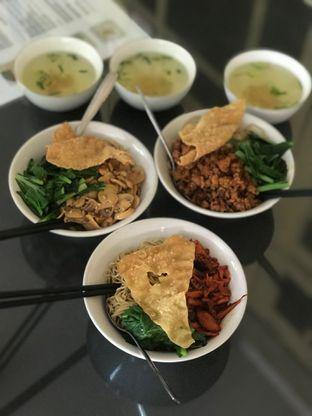 Foto 1 - Makanan di Bakmi Gloria oleh Makan2 TV Food & Travel