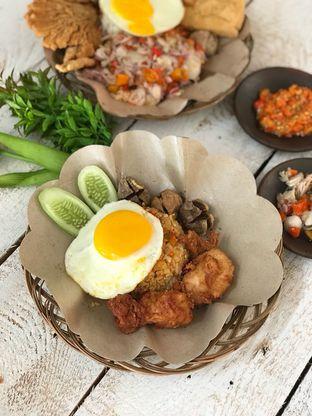 Foto 2 - Makanan di Bakso & Ayam Geprek Sewot oleh Ken @bigtummy_culinary