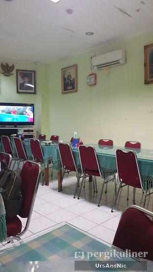 Foto 4 - Interior di Ayam Goreng Suharti oleh UrsAndNic