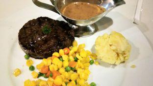 Foto 1 - Makanan(Tenderloin Aus) di Yells Steak oleh Komentator Isenk
