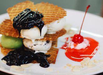 5 Es Krim Enak di Mall Kota Kasablanka