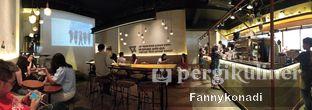 Foto 5 - Interior di Bermvda Coffee oleh Fanny Konadi