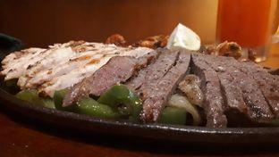 Foto 1 - Makanan di Chili's Grill and Bar oleh Velia