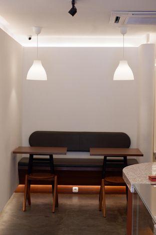 Foto 21 - Interior di Routine Coffee & Eatery oleh yudistira ishak abrar