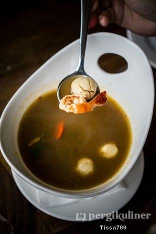 Foto 1 - Makanan di Scenic 180° (Restaurant, Bar & Lounge) oleh Tissa Kemala