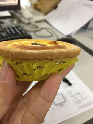 Foto review Hokkaido Baked Cheese Tart oleh Yohanacandra (@kulinerkapandiet) 1