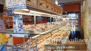 Foto 4 - Makanan di Loti Loti Bakery oleh UrsAndNic