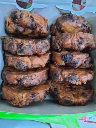 Foto 1 - Makanan di Pisang Goreng Madu Bu Nanik oleh Handi Suyadi