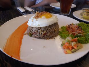 Foto 2 - Makanan di The Socialite Bistro & Lounge oleh Nisanis