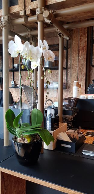 Foto 5 - Interior di Kedai BuruBuru Bakmi dan Kopi oleh Avien Aryanti