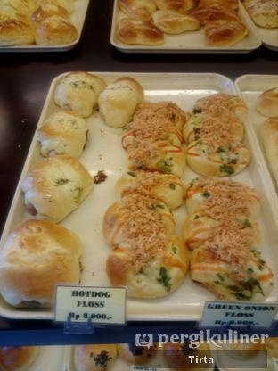 Foto 16 - Makanan di Clover Bakery oleh Tirta Lie