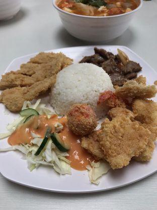 Foto 2 - Makanan di Kobe Japanese Food oleh Arif Su