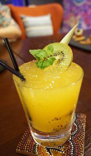 Foto review 33 Degree Skybridge Lounge - Aston Marina Hotel oleh Bellinda Nandea 3