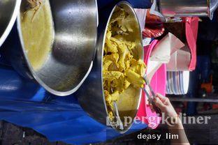 Foto 4 - Interior di Nasi Uduk Kota Intan (Aweng) oleh Deasy Lim