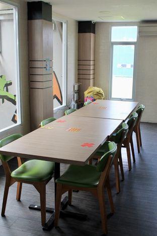 Foto 4 - Interior di Bounce Cafe oleh Prido ZH