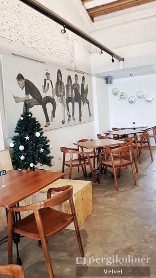 Foto 5 - Interior di Rumpi Katumiri oleh Velvel