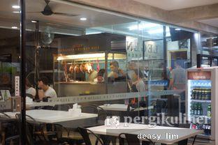 Foto 10 - Interior di Legend Kitchen oleh Deasy Lim