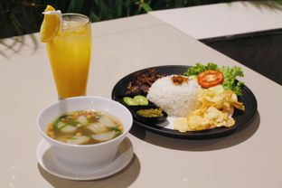 Foto 1 - Makanan(sanitize(image.caption)) di Black Butler Cafe - Hotel Sanira oleh Novita Purnamasari