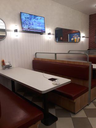 Foto 3 - Interior di Food Days oleh Mouthgasm.jkt