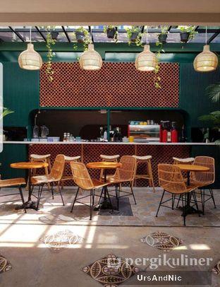Foto 6 - Interior di Hasea Eatery oleh UrsAndNic