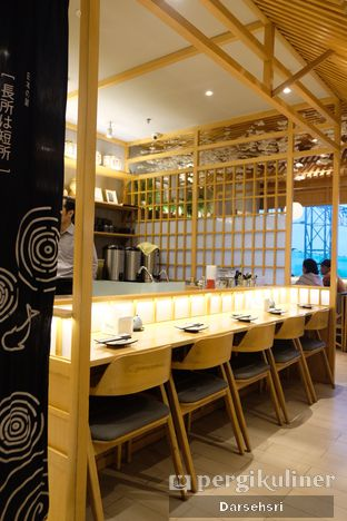 Foto 9 - Interior di Sushi Hiro oleh Darsehsri Handayani