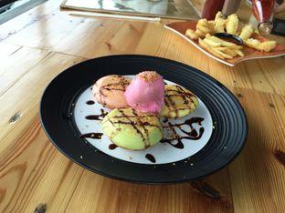 Foto 4 - Makanan(Dorayaki with eskrim) di Ludwick Cafe oleh Sitta