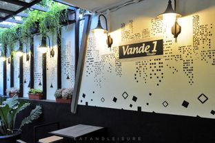 Foto 10 - Interior di Vande One Resto oleh Eat and Leisure