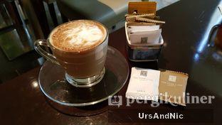 Foto 3 - Makanan(Cappucino) di Cafe One - Wyndham Casablanca Jakarta oleh UrsAndNic