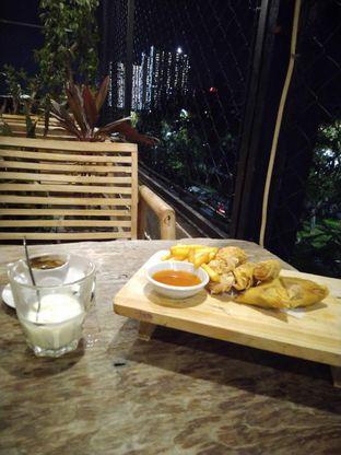 Foto review Republika Cafe & Resto oleh Putra  Kuliner  5