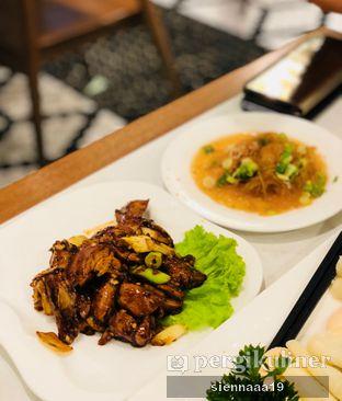Foto 7 - Makanan(roasted beijing duck meat) di May Star oleh Sienna Paramitha