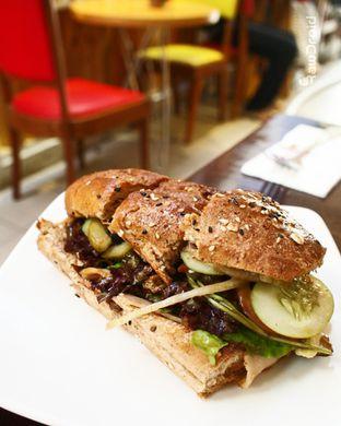 Foto review Mom's Artisan Bakery oleh social_bandits the big fat eater 1