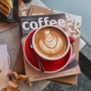 Foto review Kaca Coffee & Eatery oleh Stellachubby  3