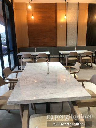 Foto 12 - Interior di Ergonomic Coffee & Lounge oleh Cubi