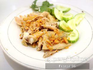 Foto 6 - Makanan di Bubur Ayam Tangki 18 oleh Fransiscus