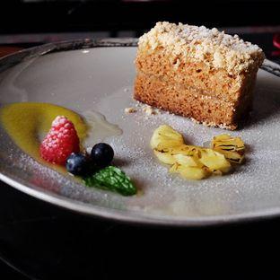 Foto 16 - Makanan(Nastar Cake) di 1945 Restaurant - Fairmont Jakarta oleh Lunchgetaway