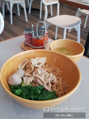 Foto review IWS Cafe & Noodle oleh UrsAndNic  1