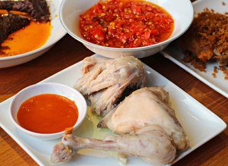 7 Lauk Terlaris di Restoran Padang yang Jadi Favorit Penggemarnya
