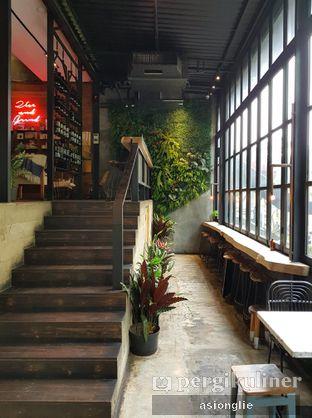 Foto 3 - Interior di Crematology Coffee Roasters oleh Asiong Lie @makanajadah